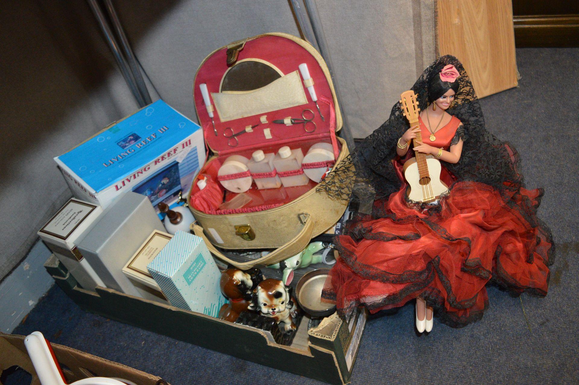 Lot 628 - Box of Assorted Retro Items Including a Spanish La