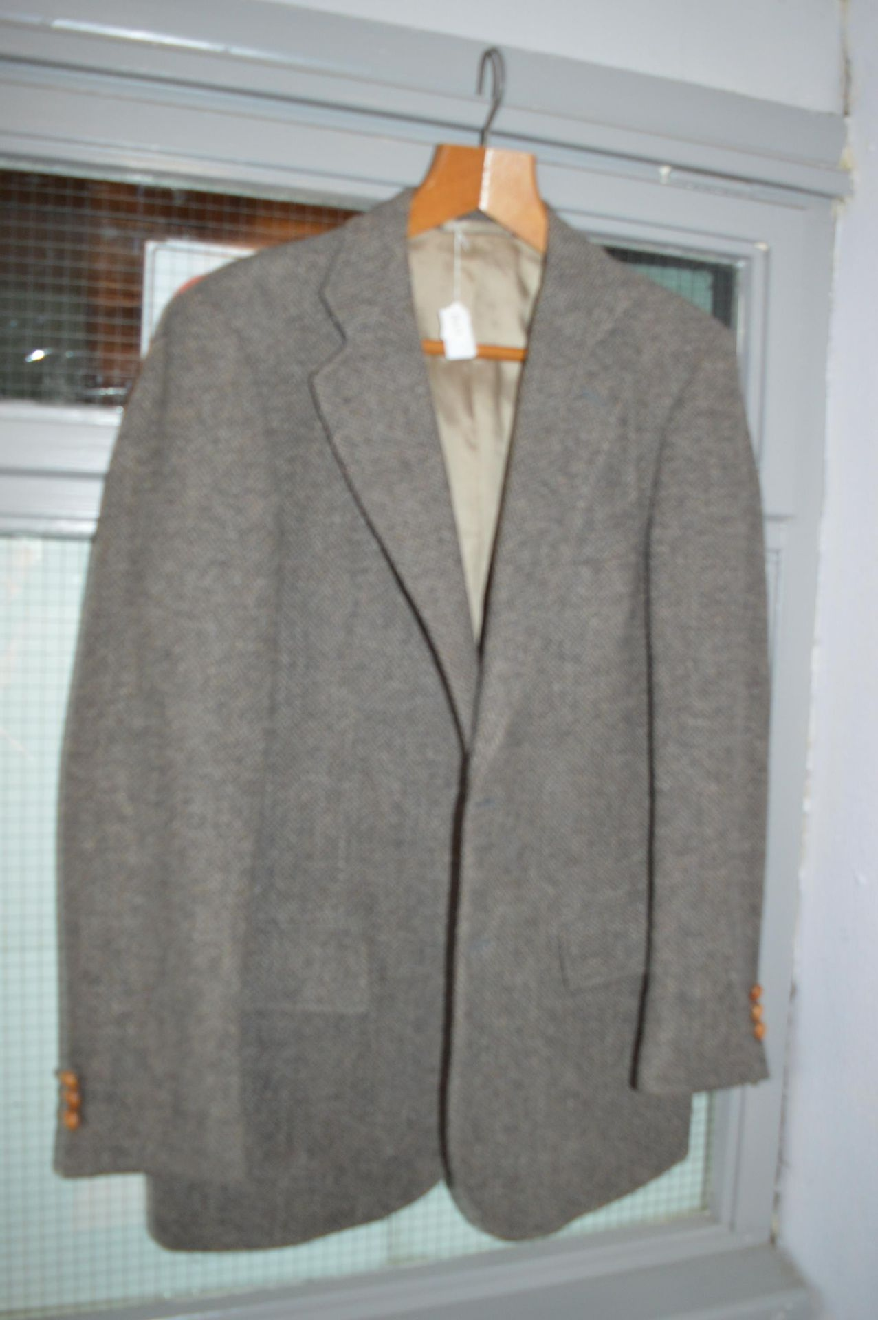 Lot 19 - Gent Tweed Jacket
