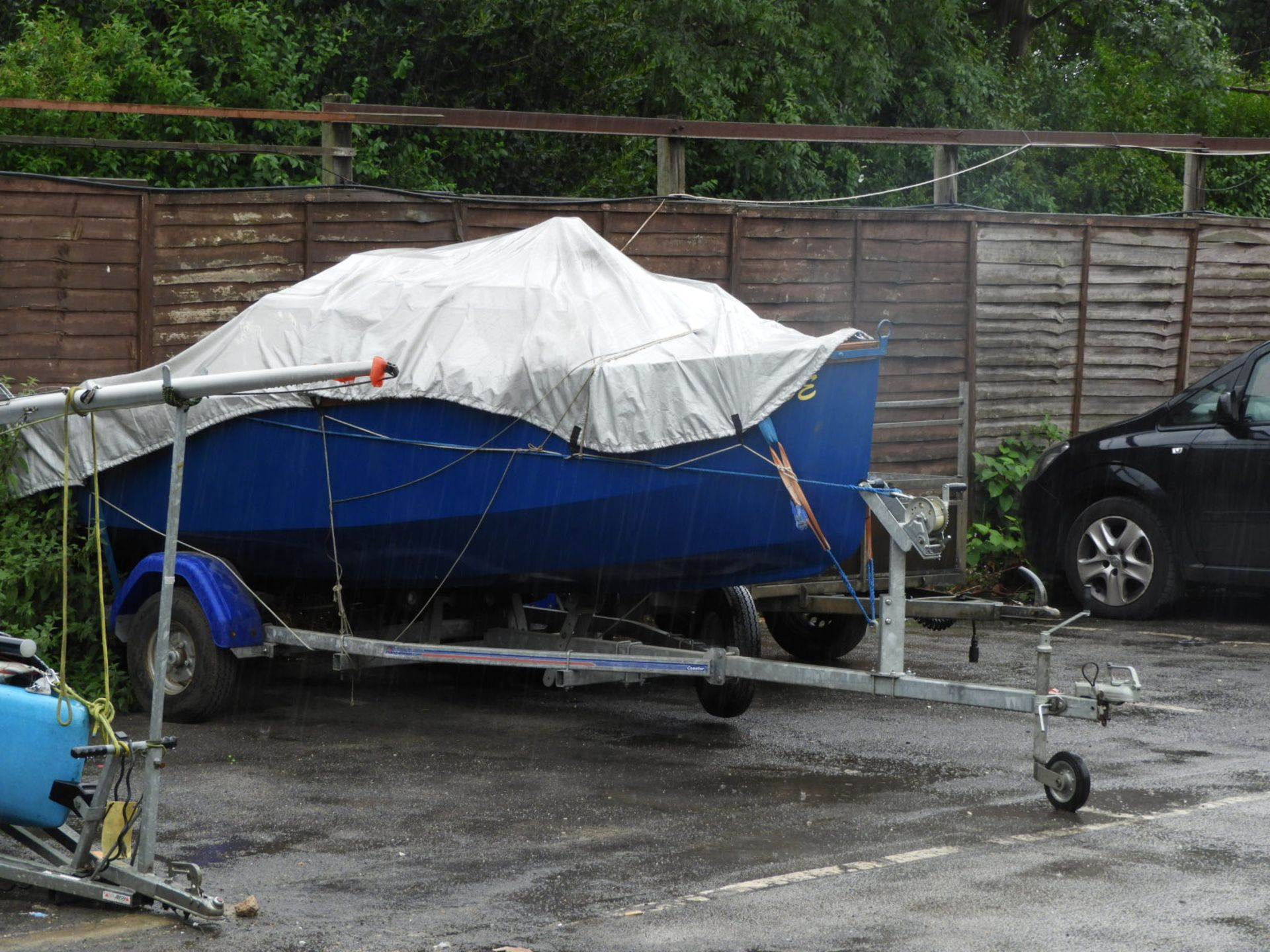 Lot 0b - Hand Built Gaff Rig Day Sailing Boat with Road Trailer