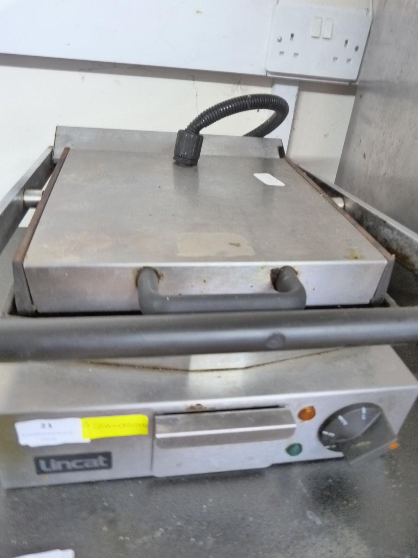 Lot 21 - Lincat Countertop Panini Grill