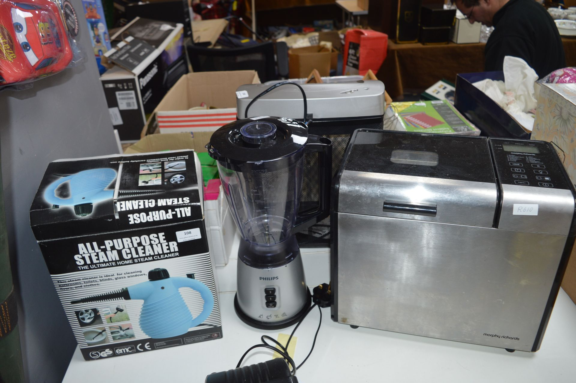 Lot 108 - All Purpose Steam Cleaner, Philips Liquidiser and