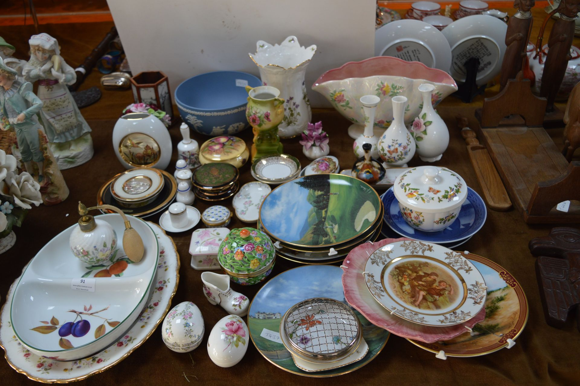 Lot 91 - Pottery Items Including Royal Worcester Serving Di