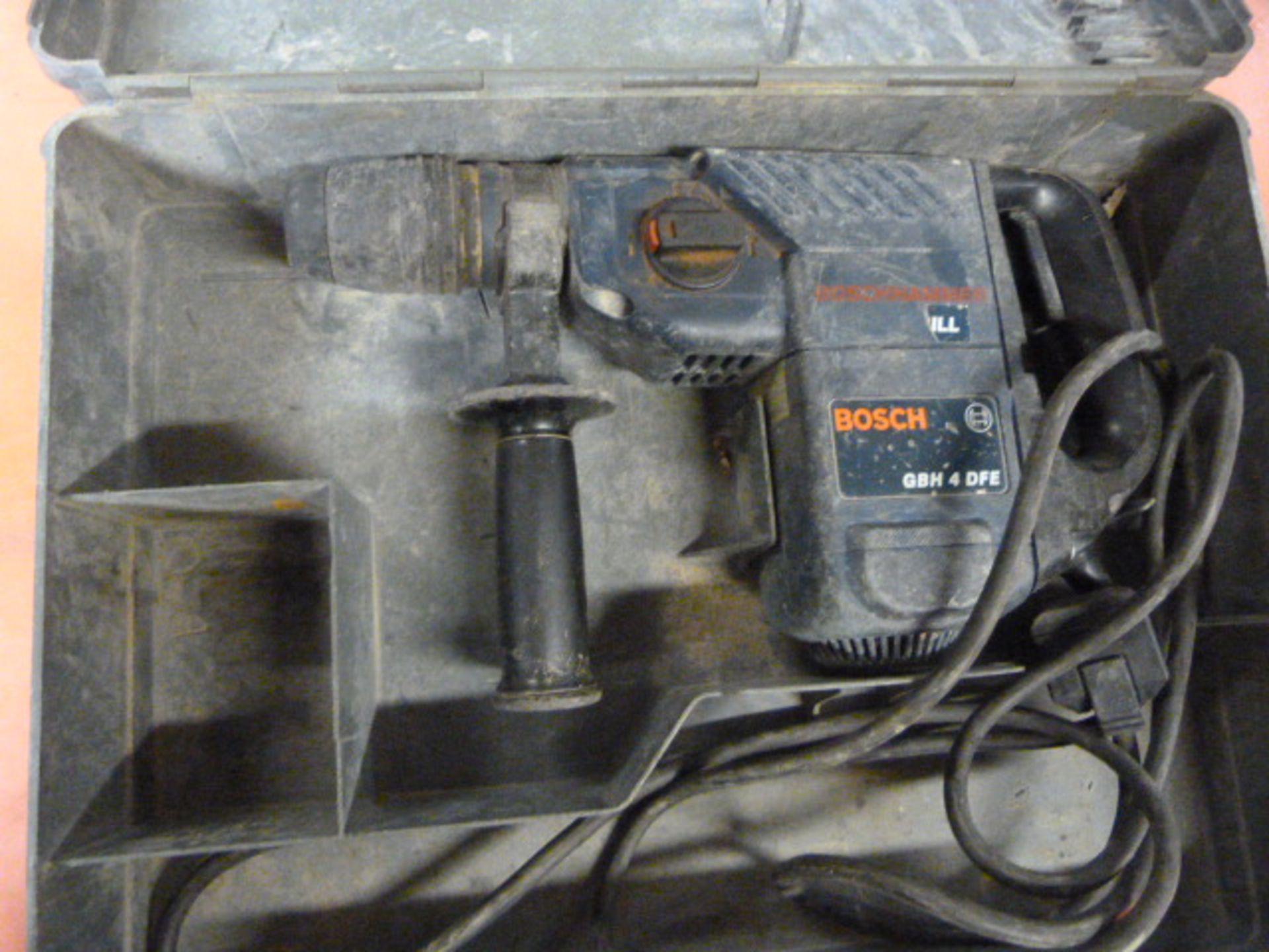 Lot 472 - Bosch GBH4DFE Hammer Drill