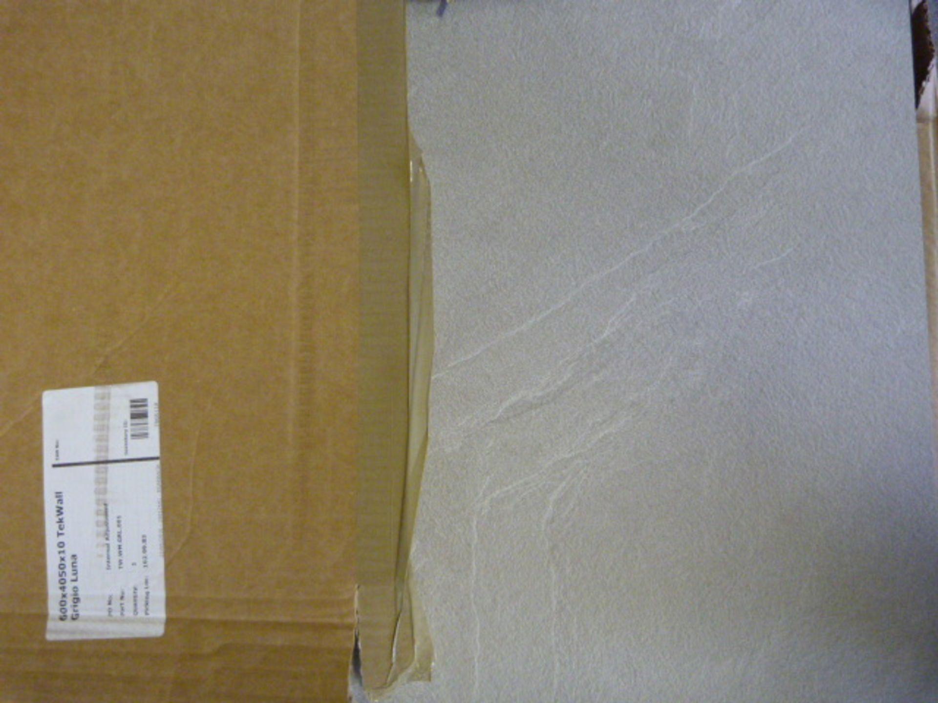 Lot 309 - *600x4050x10mm Grigio Luna Tek Wall