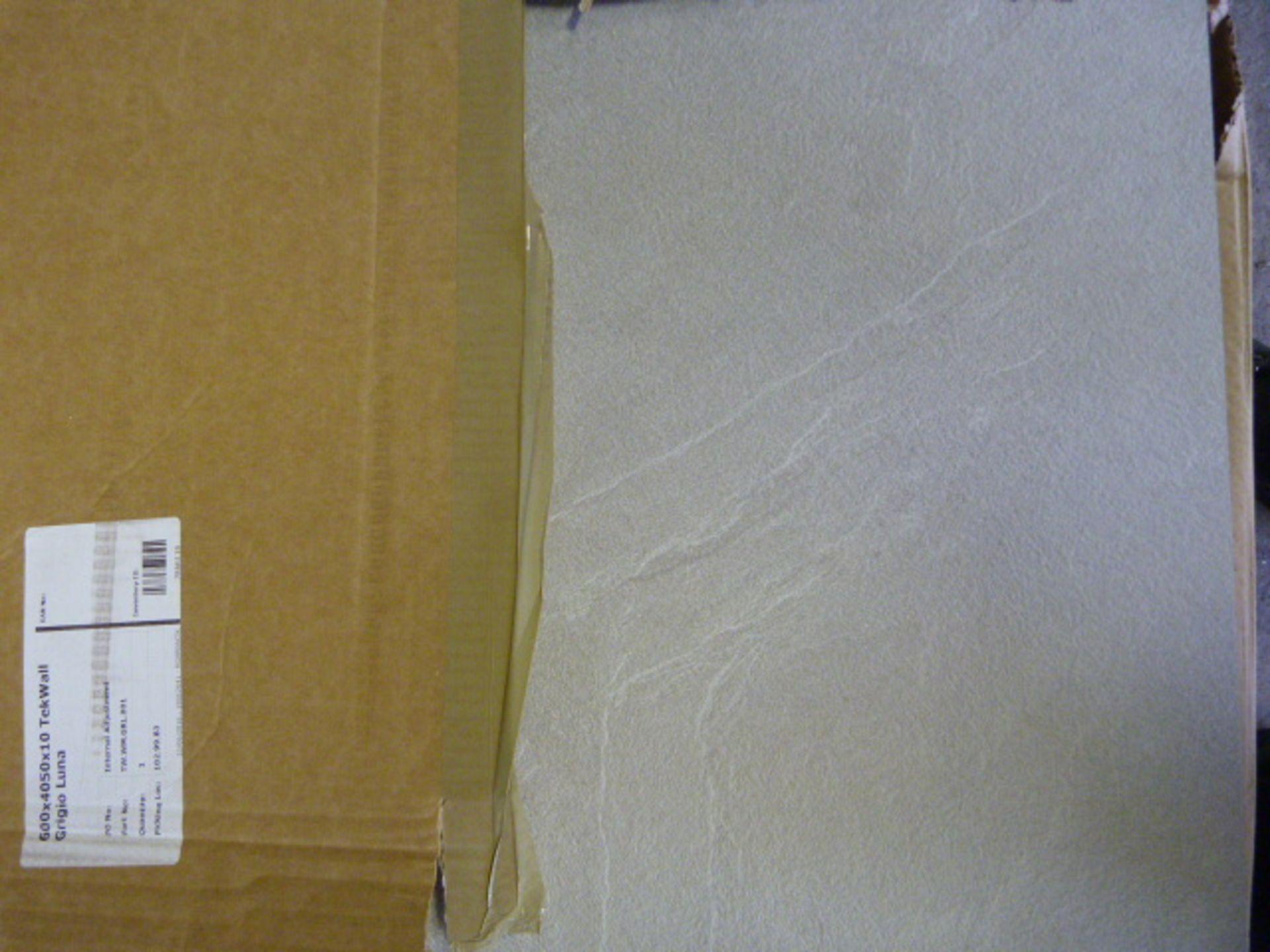 Lot 317 - *600x4050x10mm Grigio Luna Tek Wall