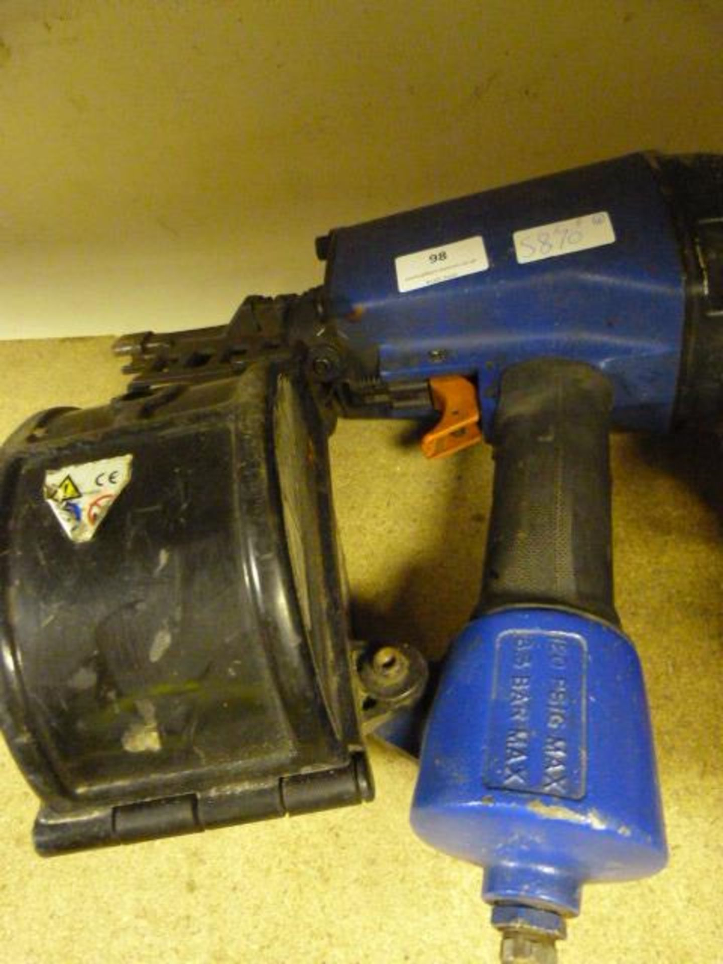 Lot 98 - Duo Fast Pneumatic Nail Gun