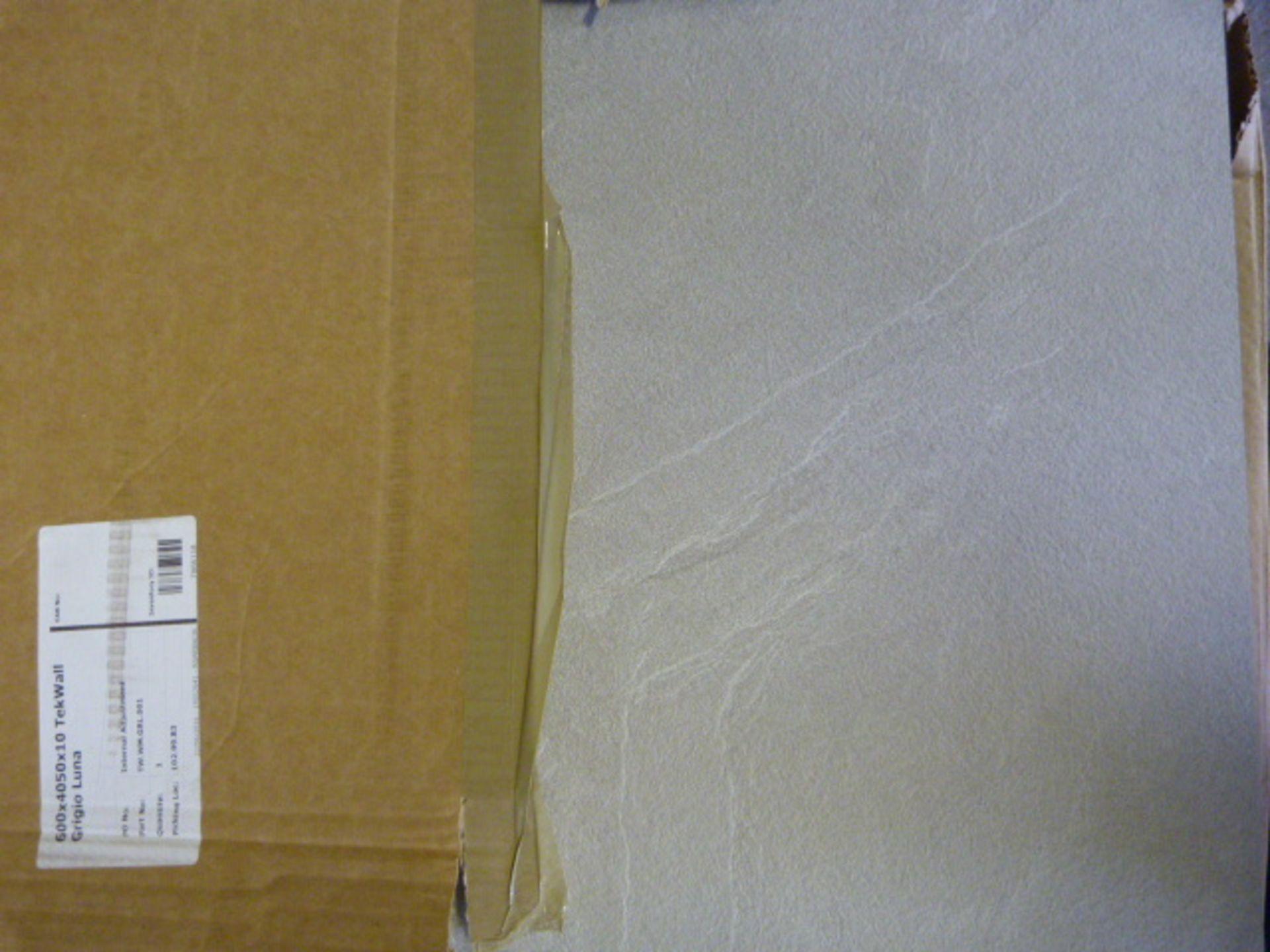 Lot 313 - *600x4050x10mm Grigio Luna Tek Wall