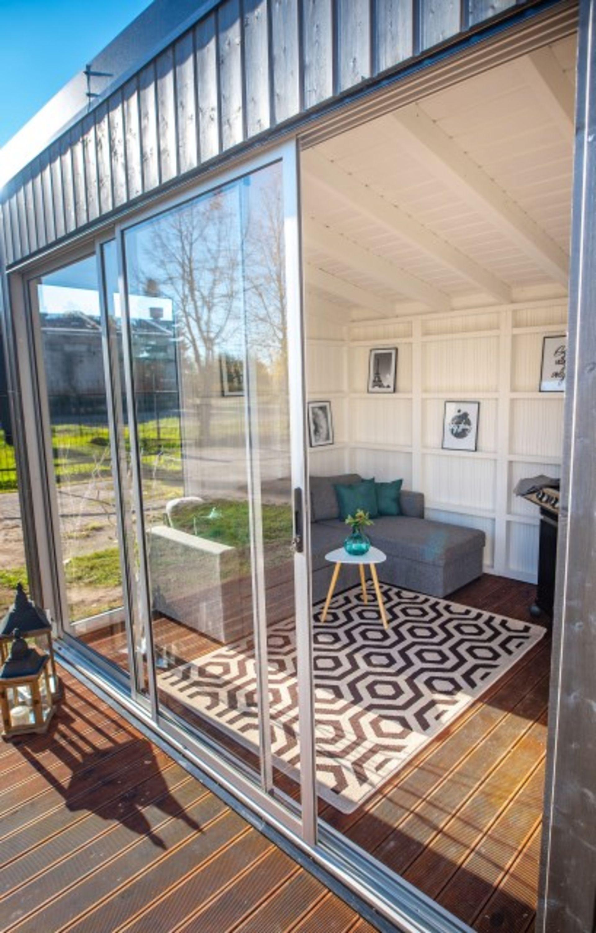 Lot 18004 - V Brand New Fantastic 3m x 3m Garden Cube With Triple Sliding Glass Doors - Full Floor To Ceiling