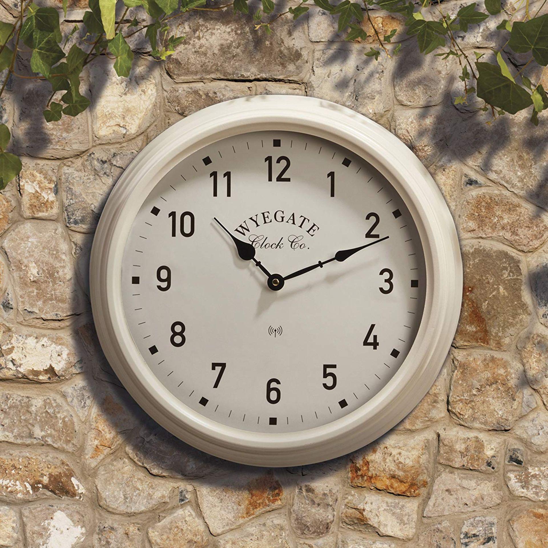 Lot 18048 - V Brand New Big Wyegate Garden/Indoor Clock (Radio Controlled) - 39cm - Cream - RRP £24.99 -