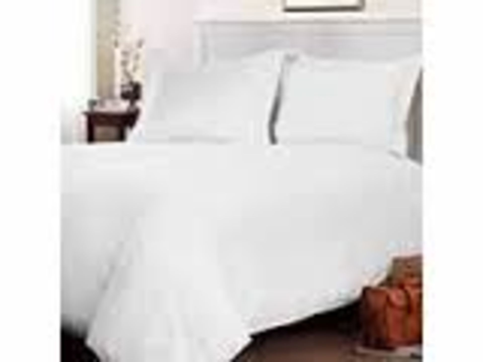 Lot 12536 - V Brand New Luxury Double Bed Plain Dye Fitted Sheets