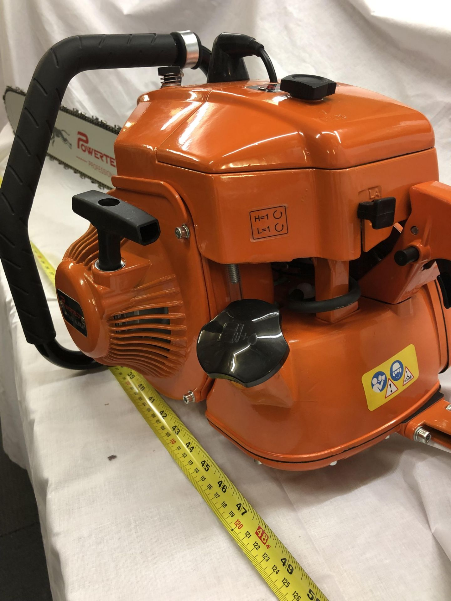 Lot 32289 - V Brand New 4.8KW Gasoline Chain Saw With 80cm Long Cutting Bar
