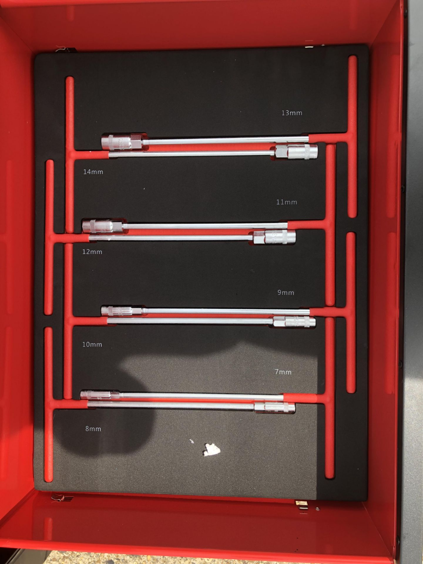 Lot 32167 - V Brand New Professional Locking Garage Tool Trolley/Cabinet (Red/Blue) with Metal Top and 7 Drawers