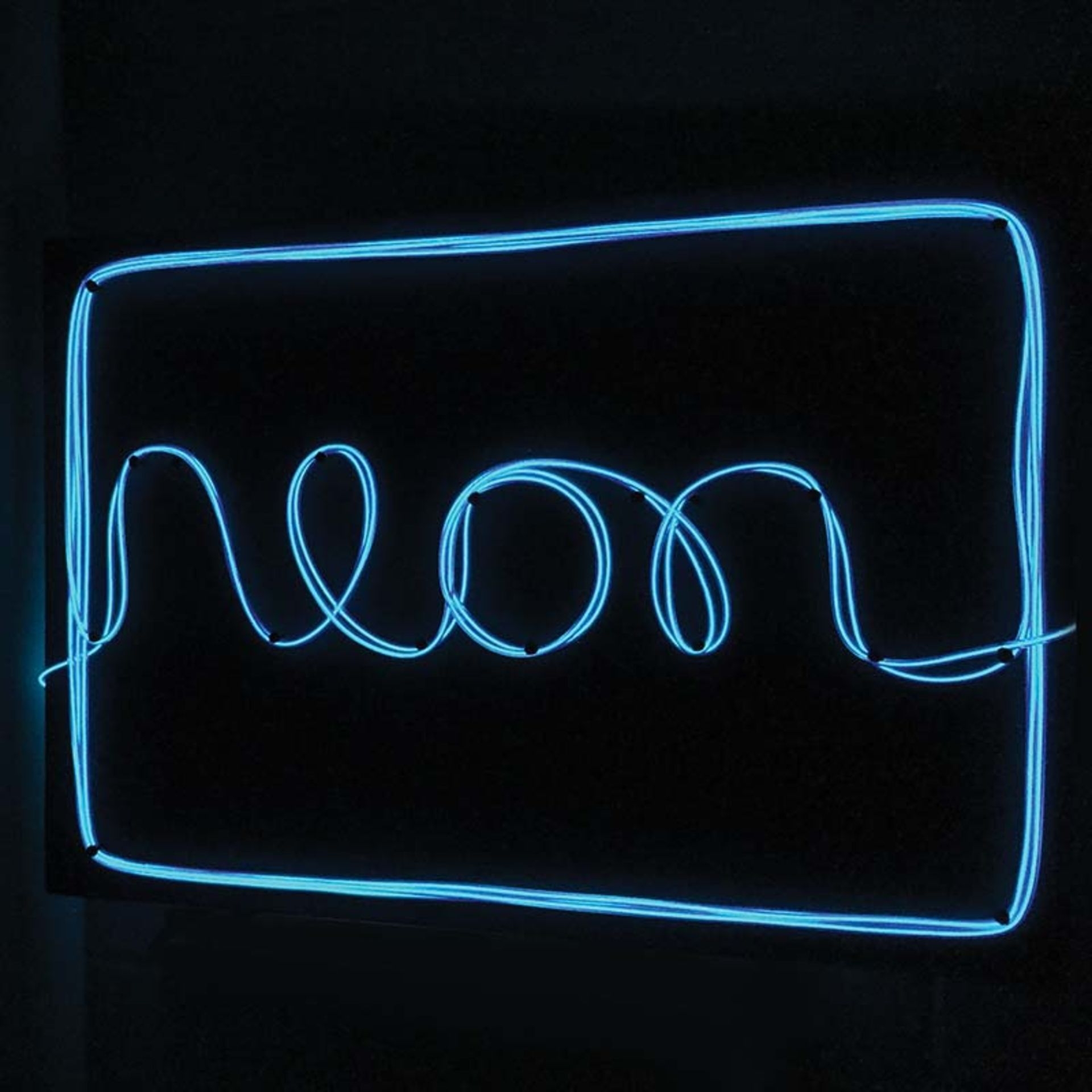 Lot 50121 - V Brand New DIY Neon Light - Personalise Your Neon Sign - Three Different Light Modes - ISP £24.