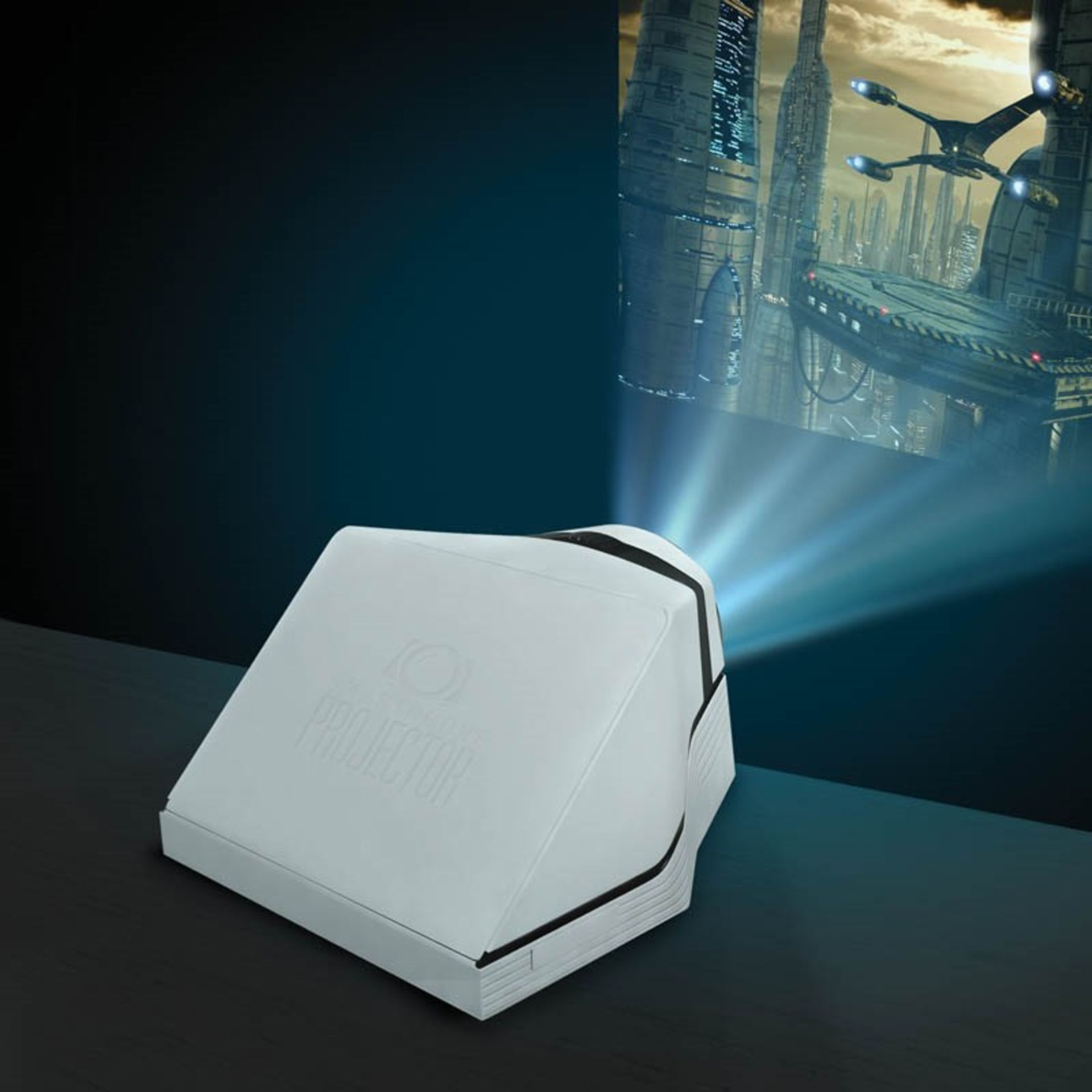 """V Brand New Smartphone Projector - Projects 40"""" Screen - Focus Up To 10x - ISP £19.99 (Paladone)"""