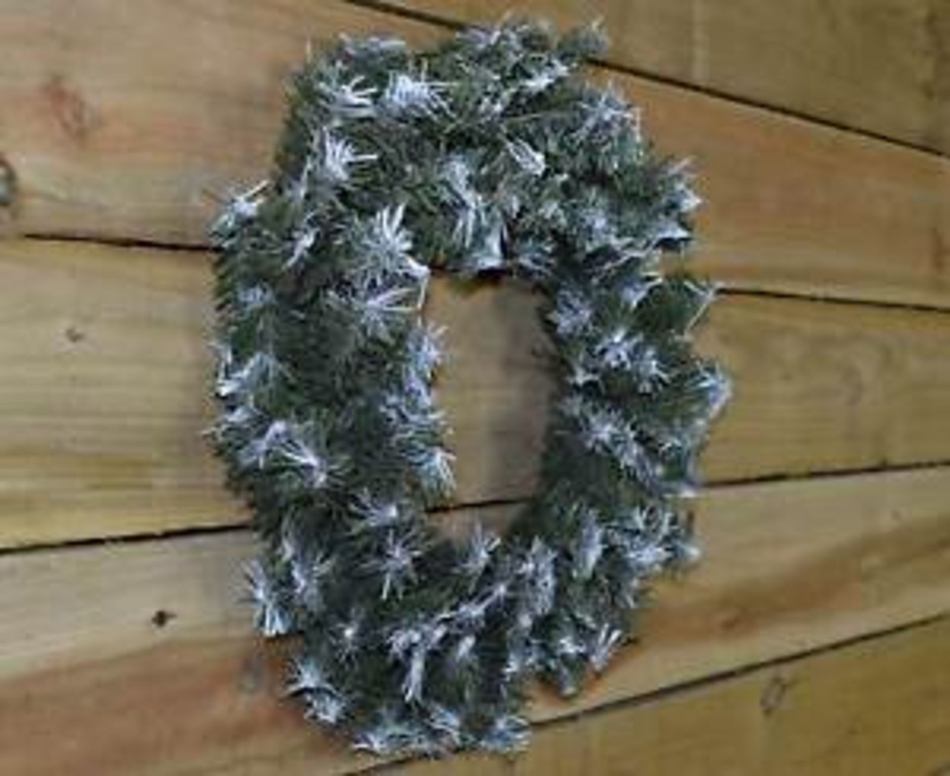 Lot 18130 - V Brand New 18 Inch Snow White Tipped Wreath Decoration