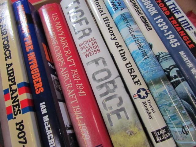 Lot 31 - Aviation Books