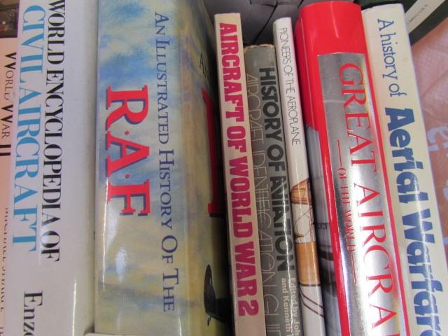 Lot 7 - Aviation Books