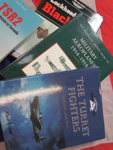 Lot 12 - Aviation Books