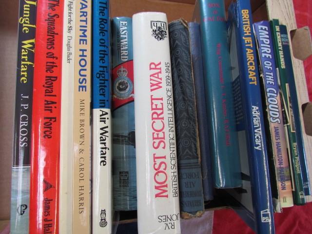 Lot 18 - Aviation Books