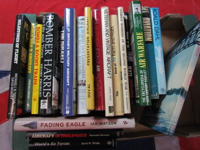 Lot 4 - Aviation Books
