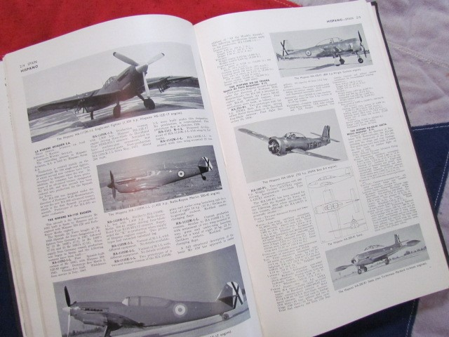 Lot 43 - Jane's All The World's Aircraft