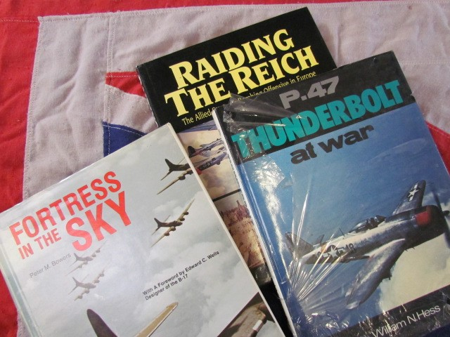 Lot 32 - Aviation Books