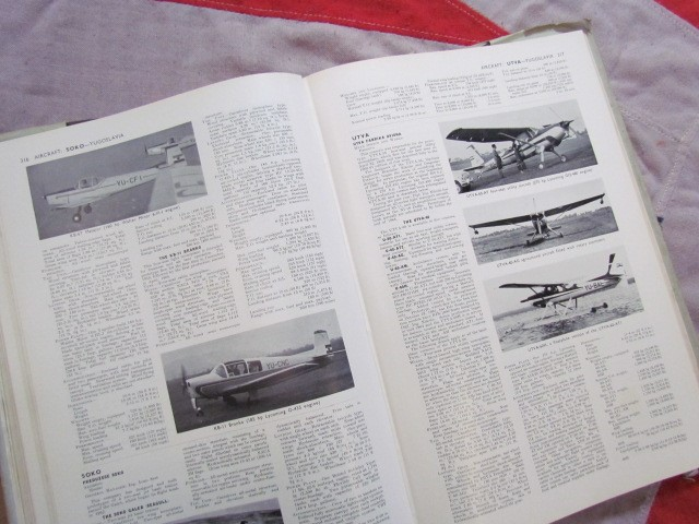 Lot 46 - Jane's All The World's Aircraft