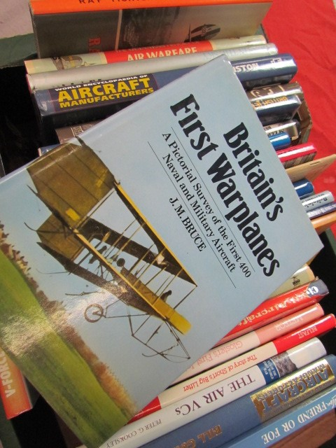 Lot 22 - Aviation Books
