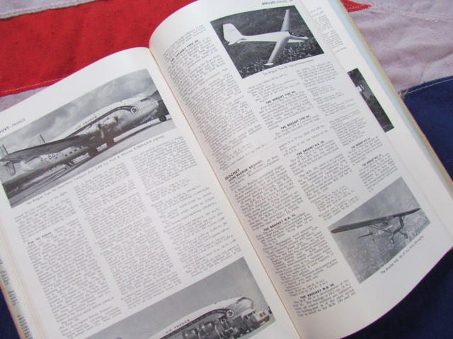 Lot 25 - Jane's All The World's Aircraft