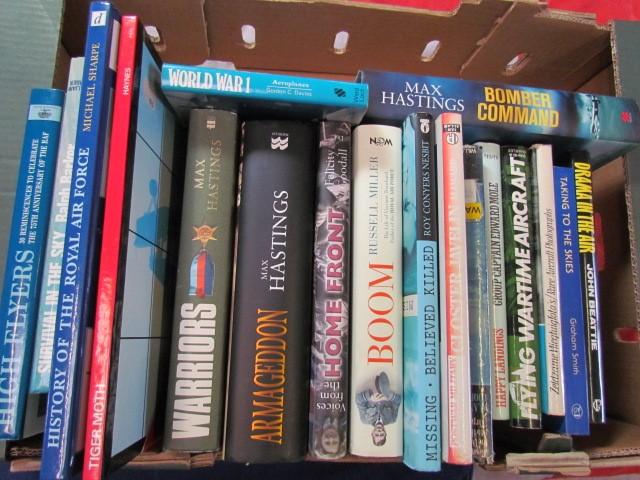 Lot 17 - Aviation Books