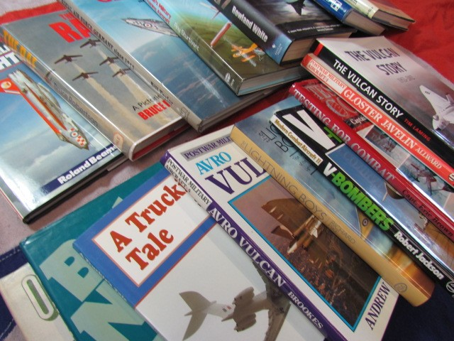Lot 1 - Aviation Books