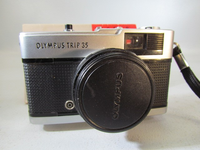 Lot 49 - Olympus Trip 35 vintage camera and manual