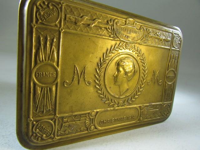 Lot 42 - World War I / Princess Mary 1914 Christmas tin