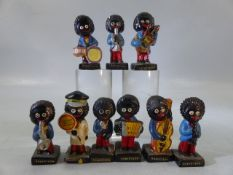Nine Robertson's Jam Gollys, figurines