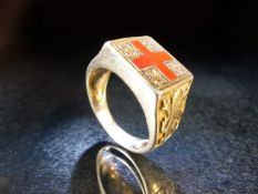 Stamped 925 and gold plated, a St Georges cross ring with Lions