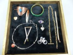 Collection of Jewellery to include Brooches and Chains