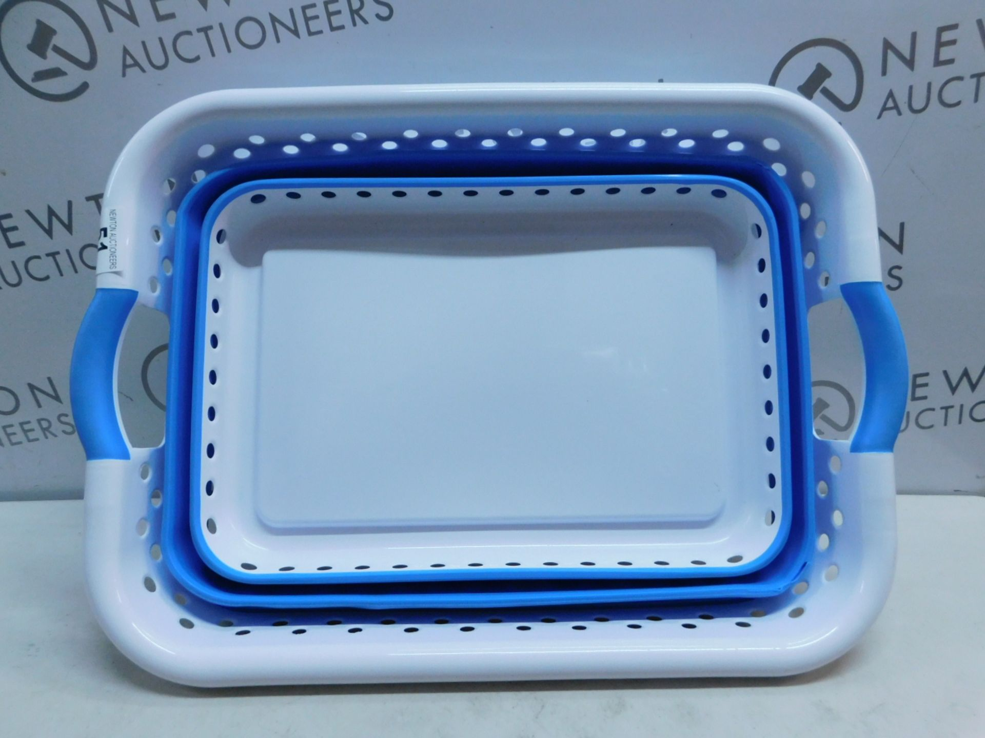 Lot 51 - 1 POP & LOAD COLLAPSIBLE SPACE SPAVING LAUNDRY BASKET RRP £34.99
