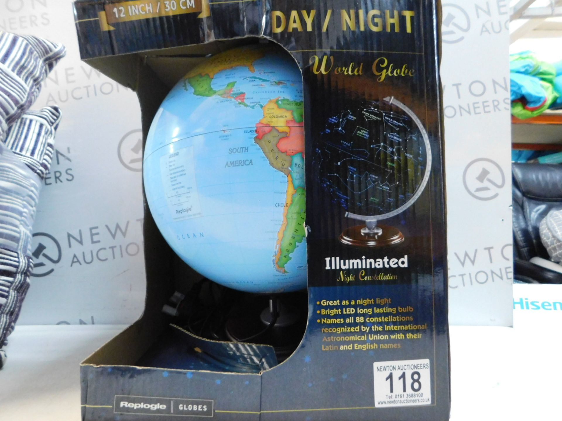 """Lot 118 - 1 BOXED REPLOGLE 12"""" (30CM) DAY/ NIGHT WORLD GLOBE WITH WOODEN BASE RRP £49.99"""