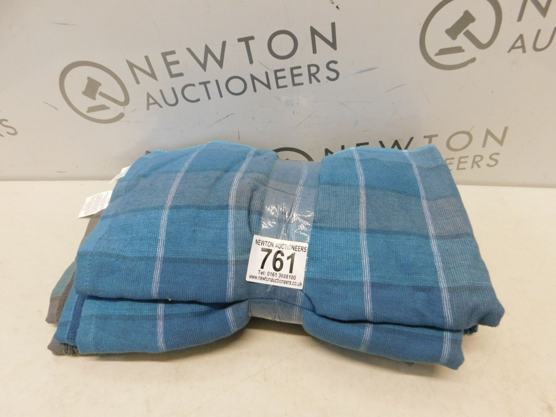 Lot 761 - 1 SET OF 6 COMMERCIAL KITCHEN TOWELS RRP £24.99