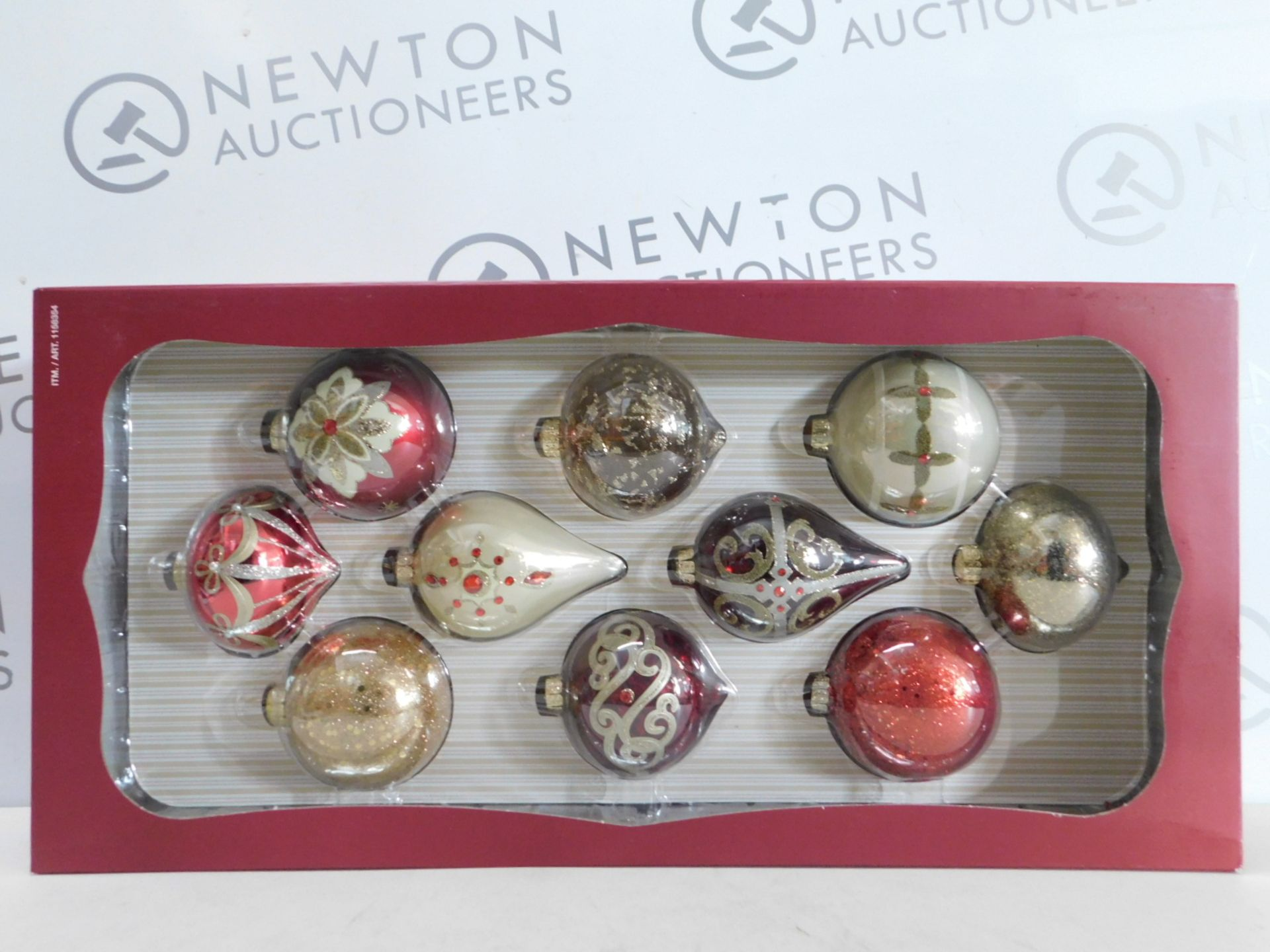 Lot 280 - 1 BRAND NEW BOXED KIRKLAND SIGNATURE 10 HAND-DECORATED GLASS ORNAMENTS RRP £29.99
