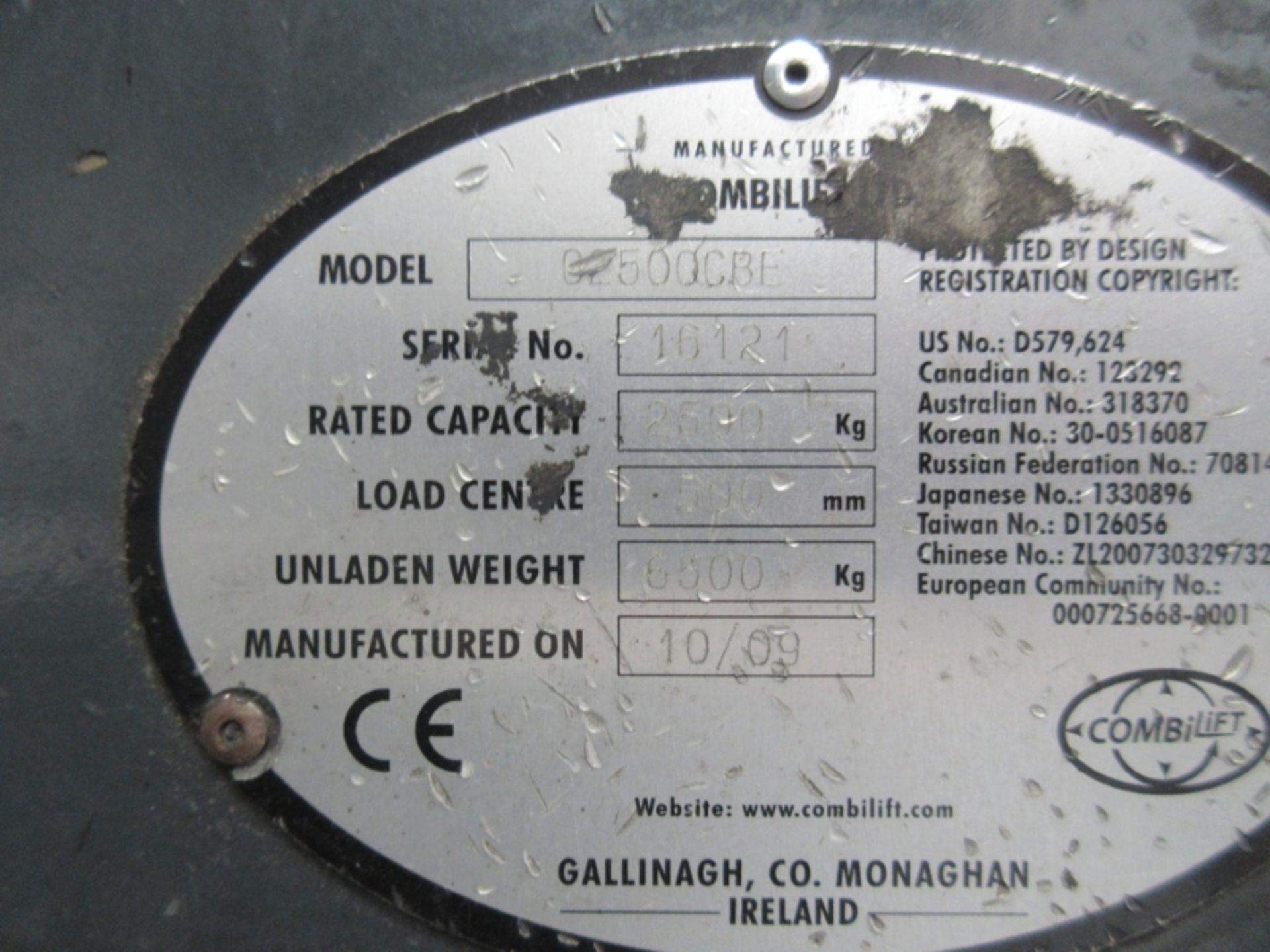 Lot 55 - COMBILIFT C2500CBE Plant Electric - VIN: 16121 - Year: 2010 - . Hours - Duplex Combi Forklift,