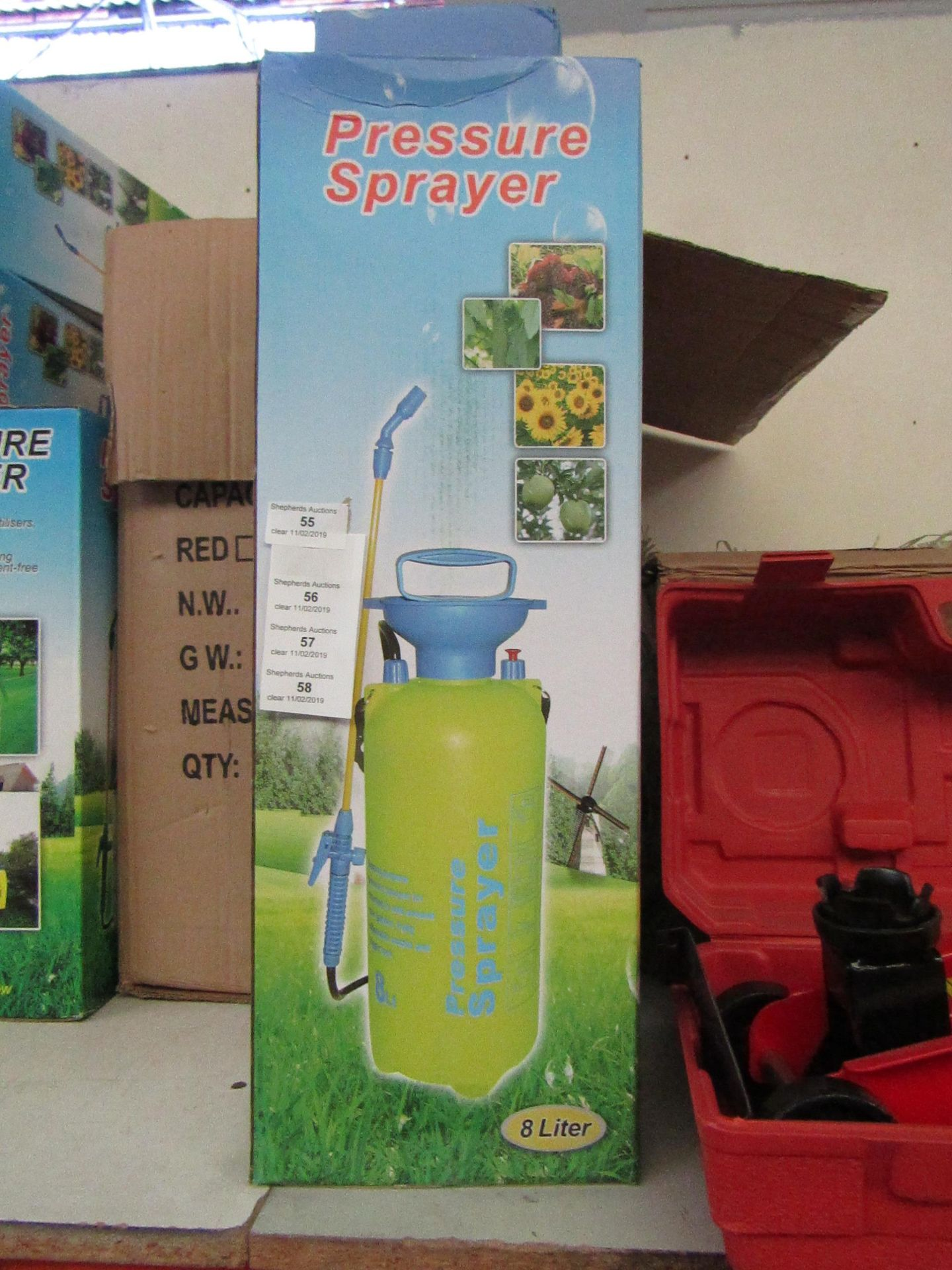 Lot 55 - 8ltr pressure sprayer, new and boxed