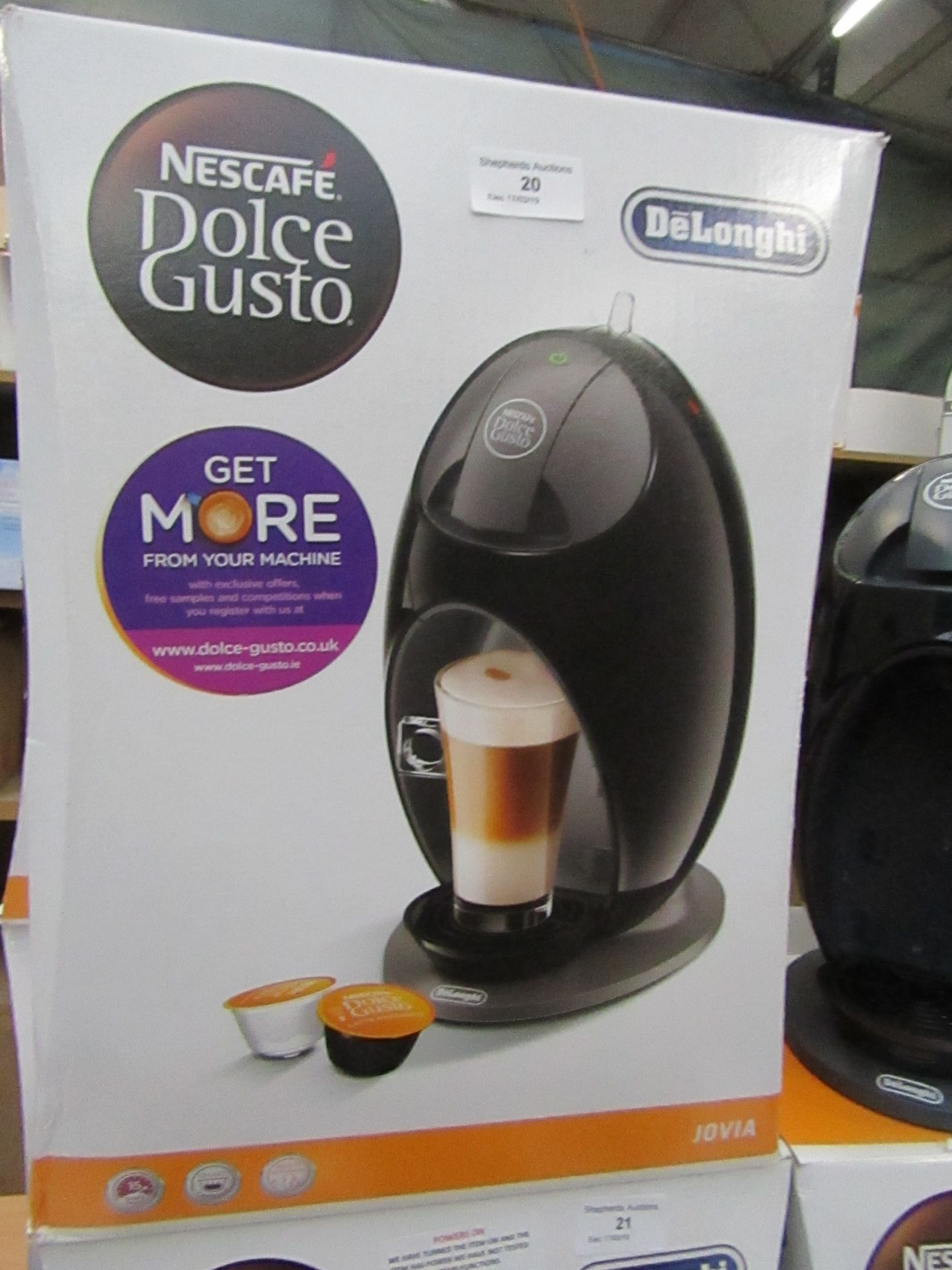 Lot 20 - Delonghi espresso machine, powers on and boxed
