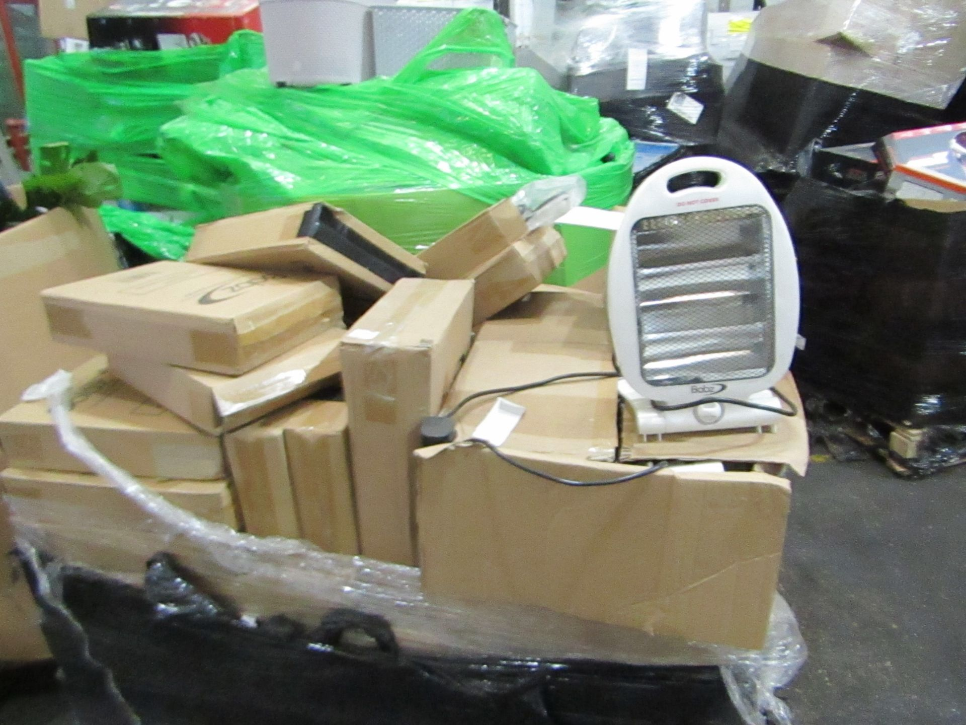 Lot 2 - Pallet of approx 60 Babz Halogen heaters, completely unchecked by us looks like a mixture of boxed