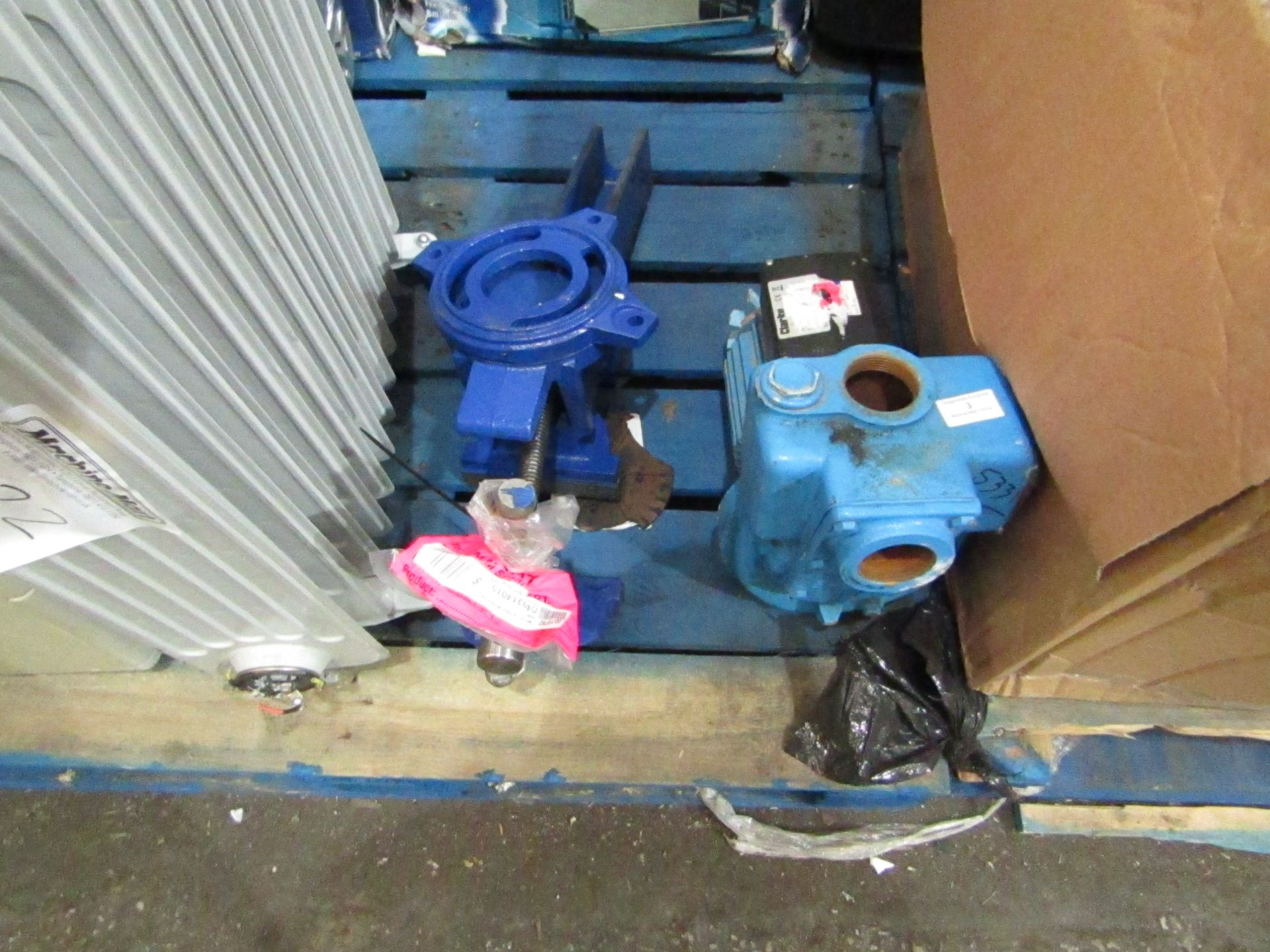 Lot 3 - 2x Items being; Clarke HSE301A Heavy Duty Submersible Pump (110V) - £188.39 Clarke CPE15A1
