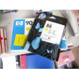 Lot 42 - 2x HP Ink cartridges being no 88 and No 90, look unused