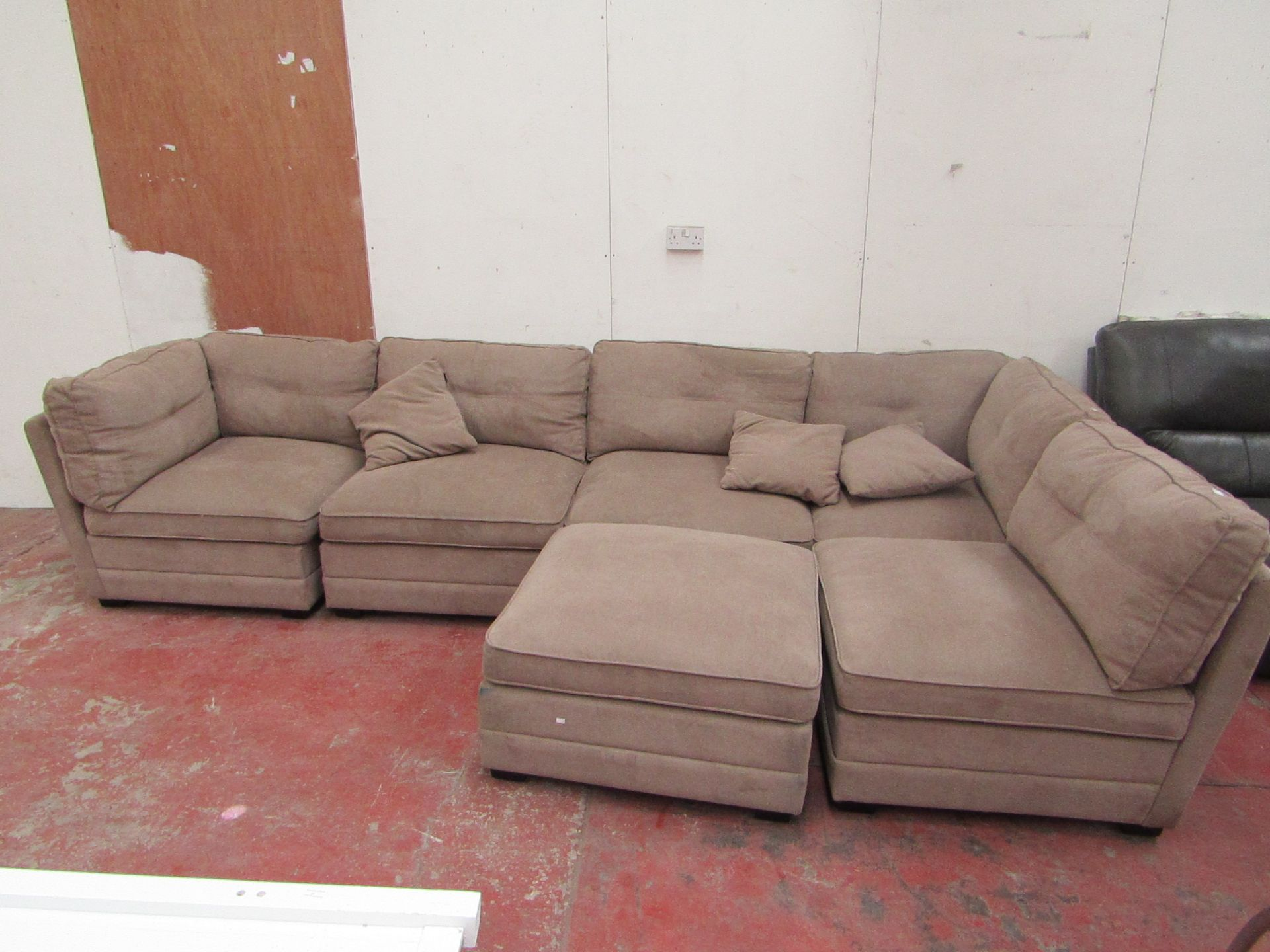 Lot 19 - M-Star 6 piece sectional sofa, RRP Circa œ1000