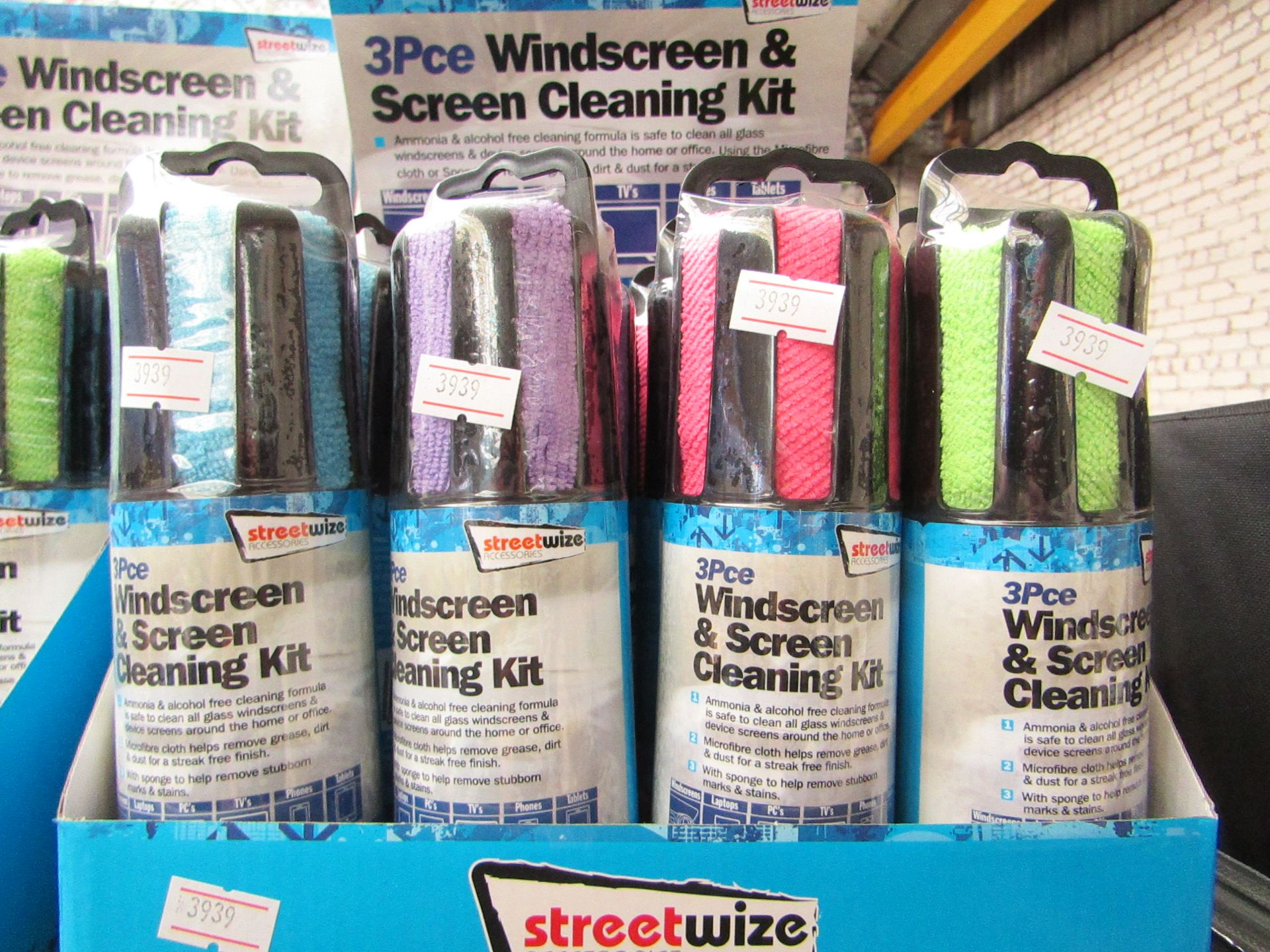 Lot 33 - 4 X 3 PC Windscreen & Screen Cleaning Kits, all new & packaged