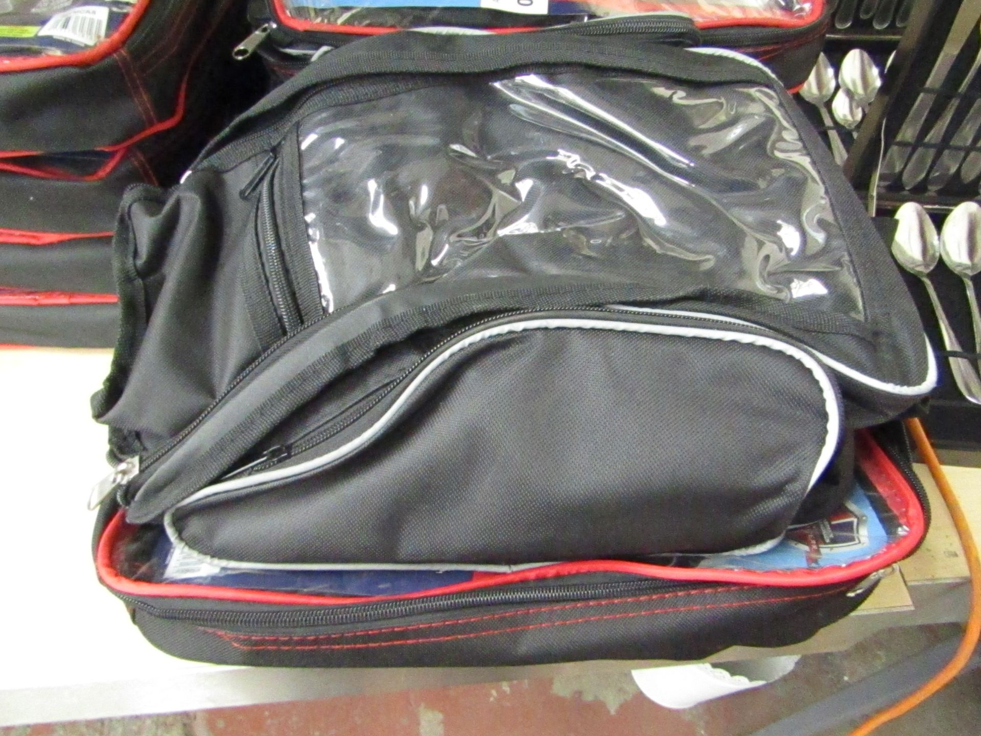 Lot 56 - Autotechnica Motorbike tank bag, with 600 Denier Polyester 40cm x 14cm x 21cm new and packaged