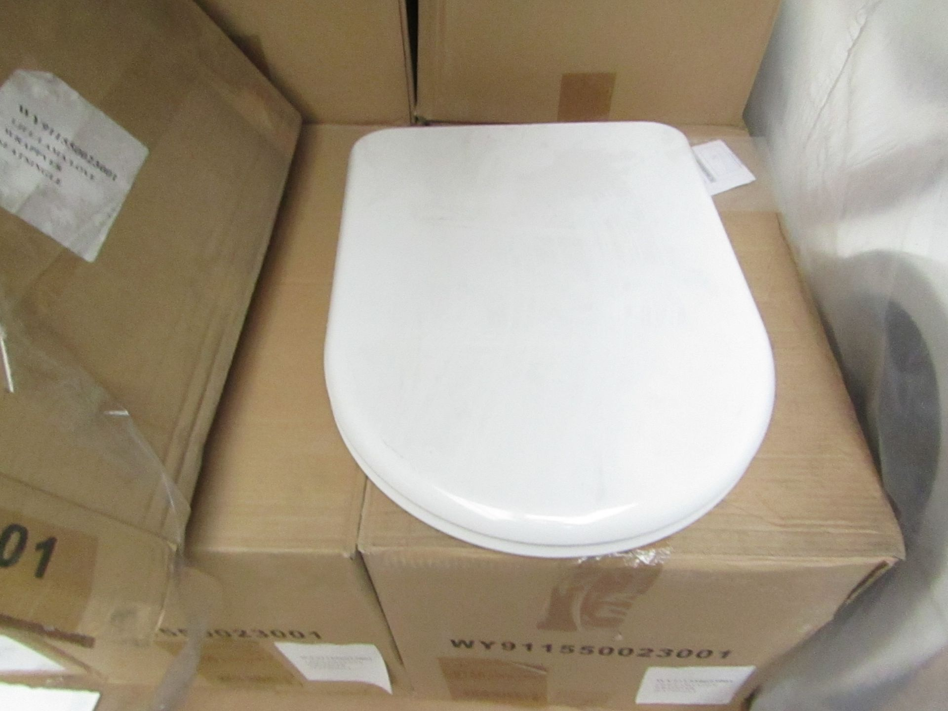 Laufen made toilet seat for Life/Love/Lama Models, model no. 89156 barcode 5704173255920 new and
